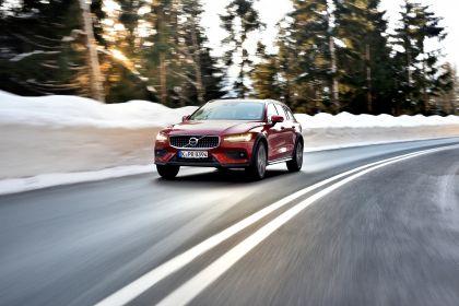 2018 Volvo V60 Cross Country 79