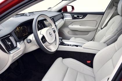 2018 Volvo V60 Cross Country 103