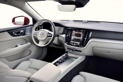 2018 Volvo V60 Cross Country 105