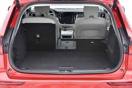 2018 Volvo V60 Cross Country 119