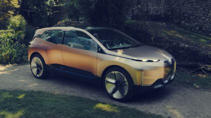2018 BMW Vision iNEXT 3