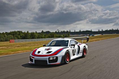 2019 Porsche 935 28