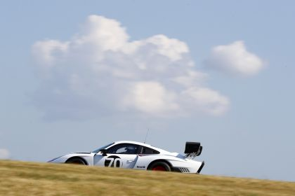 2019 Porsche 935 33