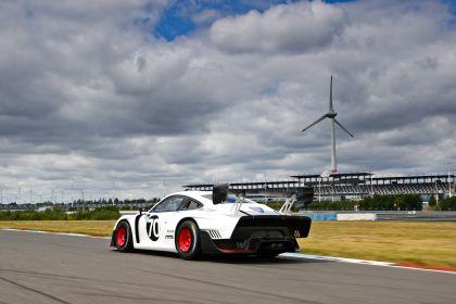 2019 Porsche 935 41