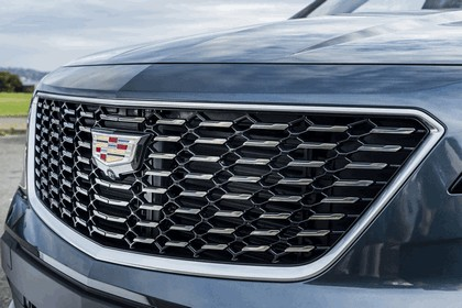 2019 Cadillac XT4 Premium Luxury 10
