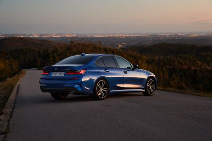 2019 BMW 330i ( G20 ) 32