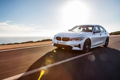2019 BMW 330e ( G20 ) 12
