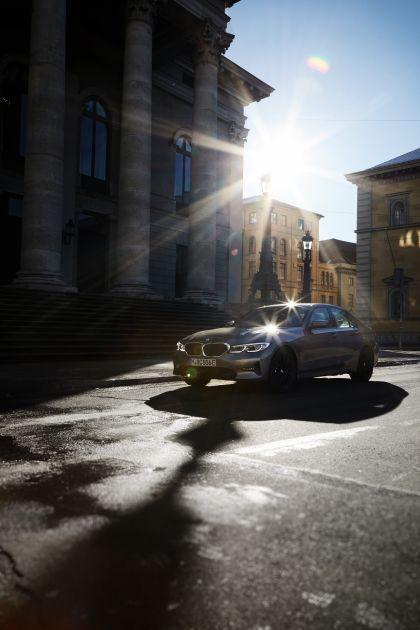 2019 BMW 330e ( G20 ) 19