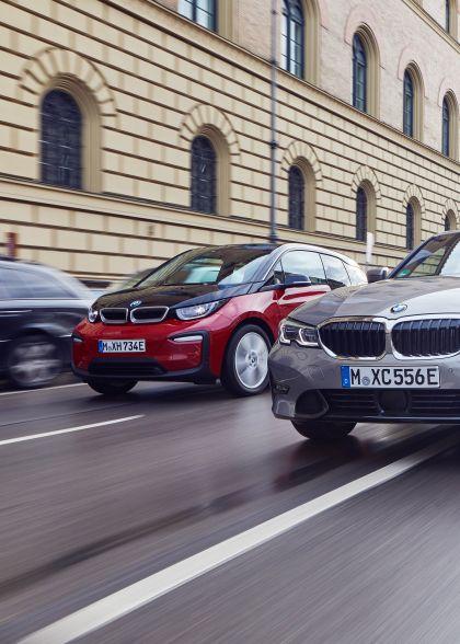 2019 BMW 330e ( G20 ) 22