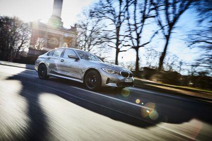 2019 BMW 330e ( G20 ) 25
