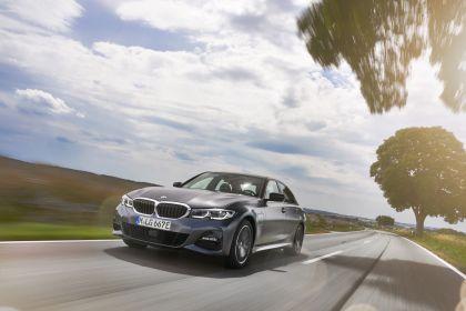 2019 BMW 330e ( G20 ) 30