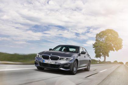 2019 BMW 330e ( G20 ) 31