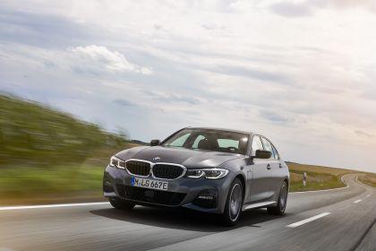2019 BMW 330e ( G20 ) 32