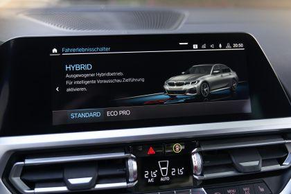 2019 BMW 330e ( G20 ) 69