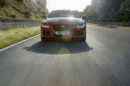 2018 Jaguar XE 300 Sport - lap record at Circuit de Charade 5