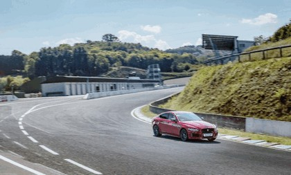 2018 Jaguar XE 300 Sport - lap record at Circuit de Charade 6