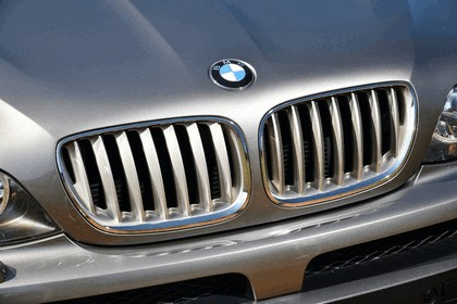2001 BMW X5 ( E53 ) 4.8is - USA version 11