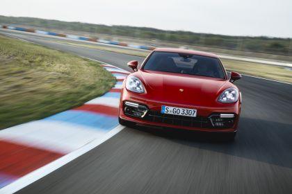 2018 Porsche Panamera GTS 5