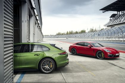 2018 Porsche Panamera GTS 9