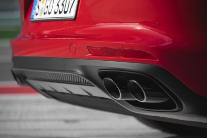 2018 Porsche Panamera GTS 14