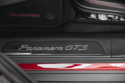 2018 Porsche Panamera GTS 19