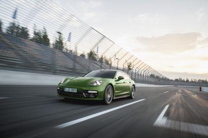 2018 Porsche Panamera GTS Sport Turismo 3