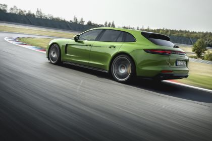 2018 Porsche Panamera GTS Sport Turismo 5