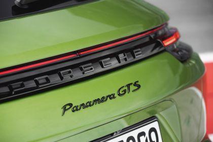 2018 Porsche Panamera GTS Sport Turismo 11