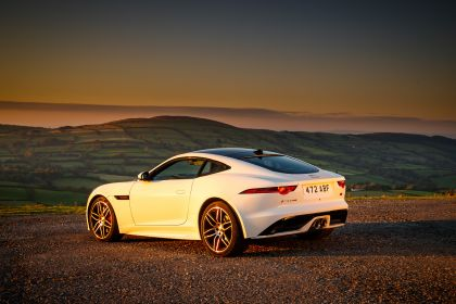 2018 Jaguar F-Type Chequered Flag edition 8