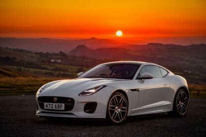 2018 Jaguar F-Type Chequered Flag edition 10