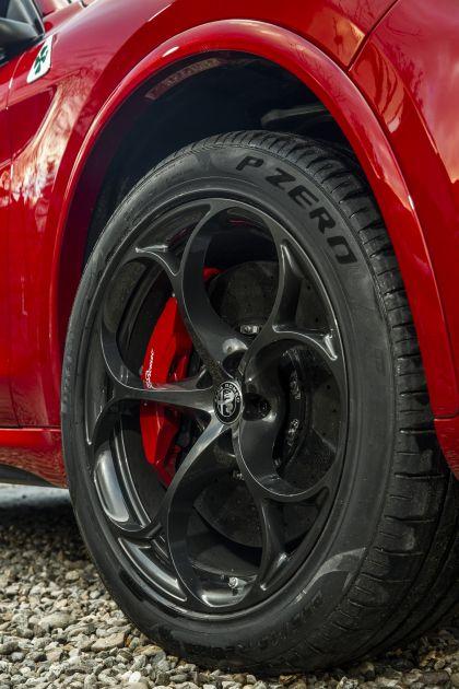 2018 Alfa Romeo Stelvio Quadrifoglio - UK version 58
