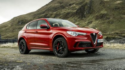 2018 Alfa Romeo Stelvio Quadrifoglio - UK version 6