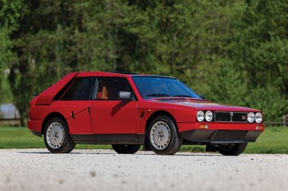 1985 Lancia Delta S4 stradale 6