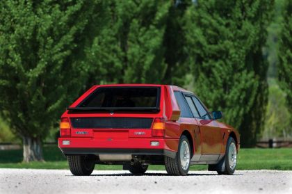 1985 Lancia Delta S4 stradale 8