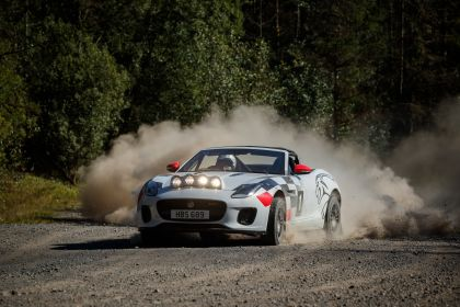 2018 Jaguar F-Type rally special 2