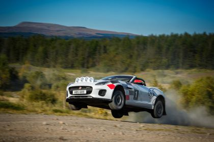 2018 Jaguar F-Type rally special 3