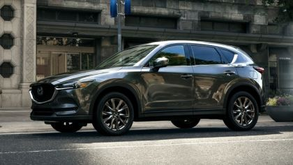 2019 Mazda CX-5 Signature - USA version 3