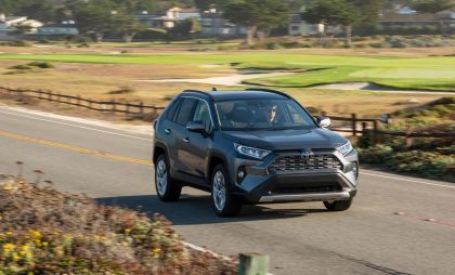 2019 Toyota RAV4 Limited FWD - Magnetic gray 8