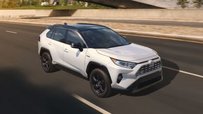 2019 Toyota RAV4 Limited HV - Ruby flare pearl 2