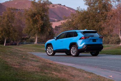 2019 Toyota RAV4 XLE AWD Premium - Blue flame 3