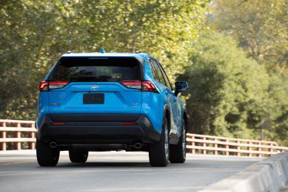 2019 Toyota RAV4 XLE AWD Premium - Blue flame 17