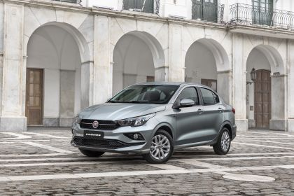 2019 Fiat Cronos Drive 1.3 Flex 4p 1