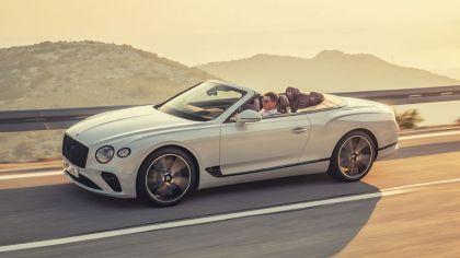 2019 Bentley Continental GT convertible 1