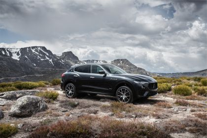 2019 Maserati Levante S Q4 GranSport 10