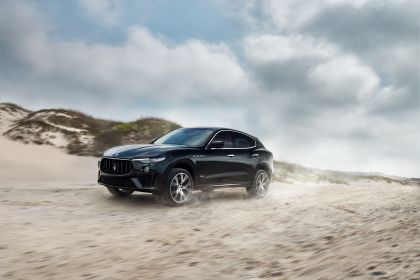 2019 Maserati Levante S Q4 GranSport 16
