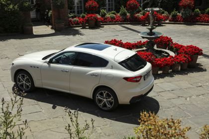 2019 Maserati Levante S Q4 GranSport 24