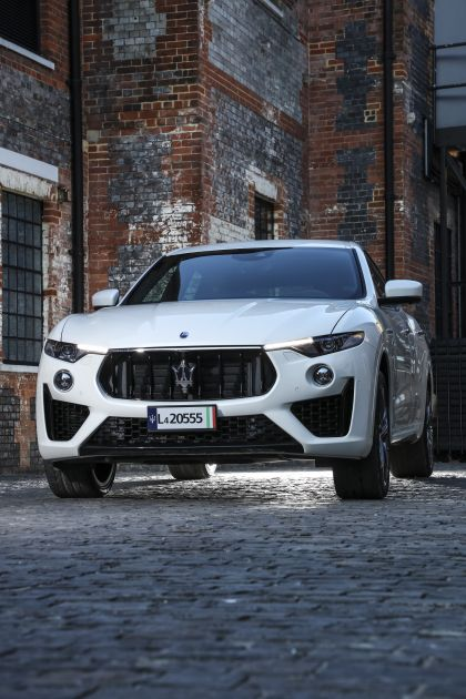 2019 Maserati Levante S Q4 GranSport 27