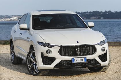 2019 Maserati Levante S Q4 GranSport 29
