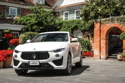 2019 Maserati Levante S Q4 GranSport 37