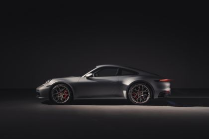 2019 Porsche 911 ( 992 ) Carrera 4S 35